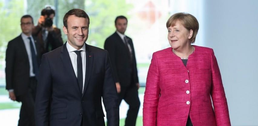 Građani EU: Merkel popularnija od Macrona