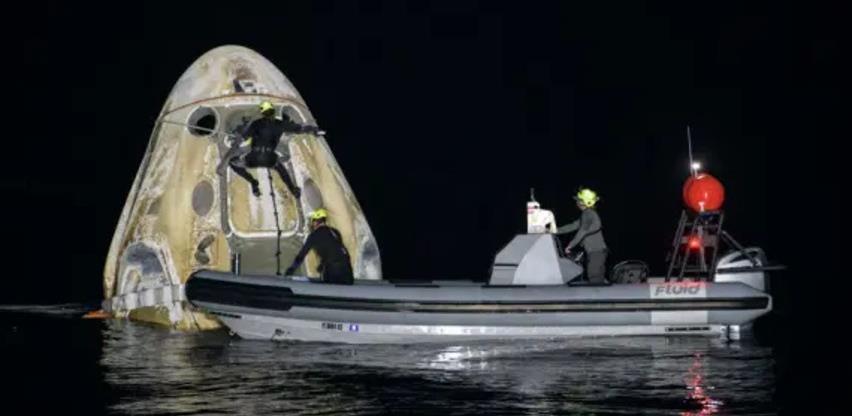Astronauti se vratili sa ISS-a uz noćno slijetanje