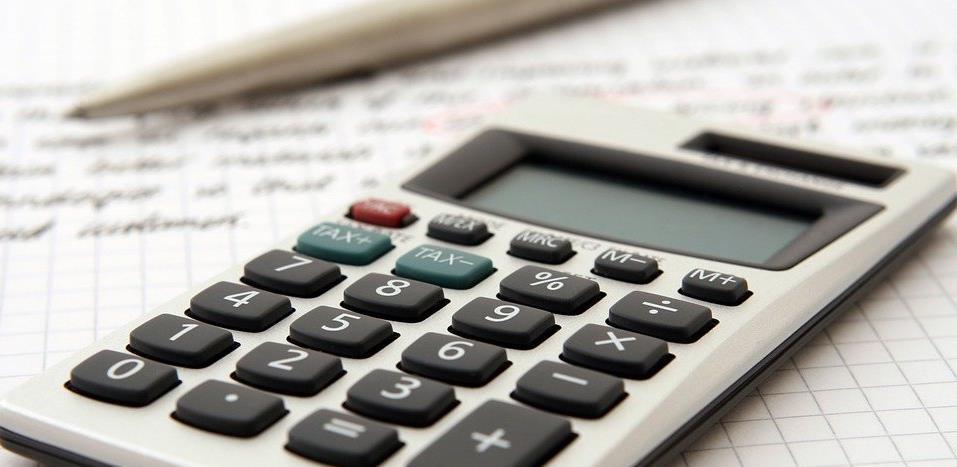 Novi udar na privredu: Poslodavci će plaćati veće doprinose na ugovore o djelu