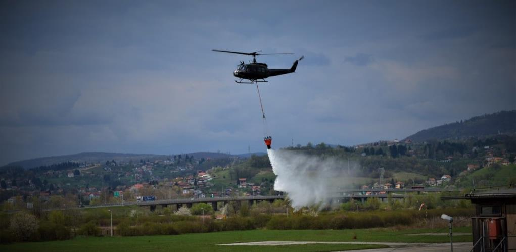 Požar kod Jablanice pod kontrolom, poletjeli helikopteri OS BiH