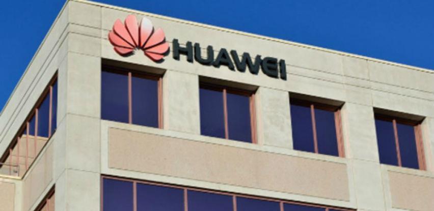 Microsoftu dozvoljeno da ponovo prodaje softvere Huaweiju