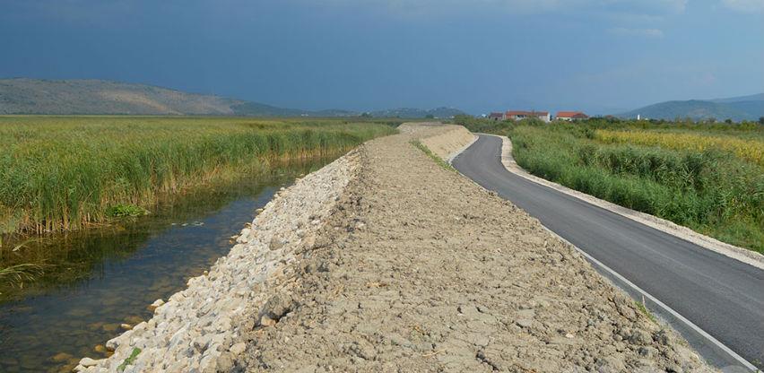 Hrvatska donira Čapljini milion maraka za izgradnju nasipa u Gabela Polju