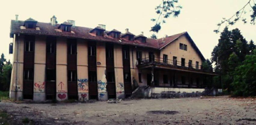 Prodaje se odmaralište Svatovac koje je bilo simbol mladih lukavačkog kraja