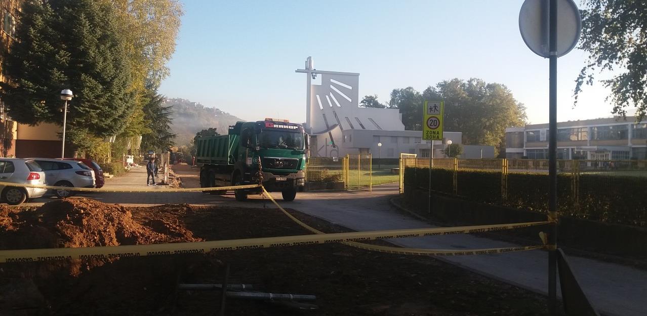 Saobraćajnica ispred škole na Dobrinji zbog izgradnje Policijske stanice NG