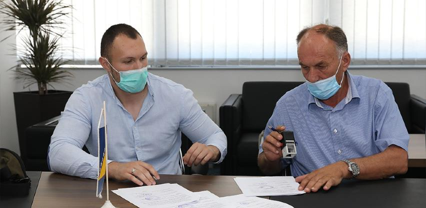 Potpisani ugovori o obnovi dva Doma zdravlja u HNK