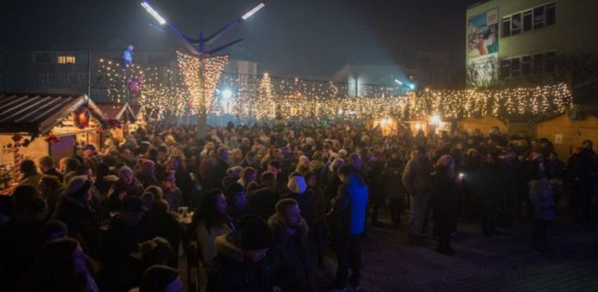 Građani Bihaća Novu godinu dočekuju uz grupu Zoster