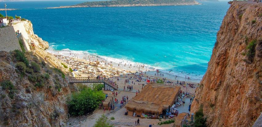 Antaliju u jeku pandemije posjetilo više od miliona turista