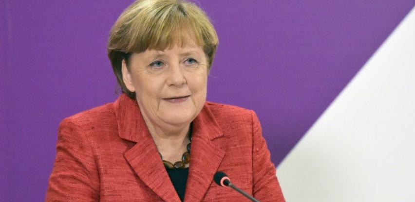 Merkel traži da EU izbjegne izbijanje trgovinskog rata sa SAD