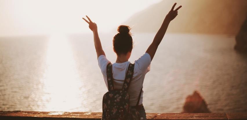 Strah od propuštanja: Kako ljeti bez mora imati osjećaj da živimo dobar život?