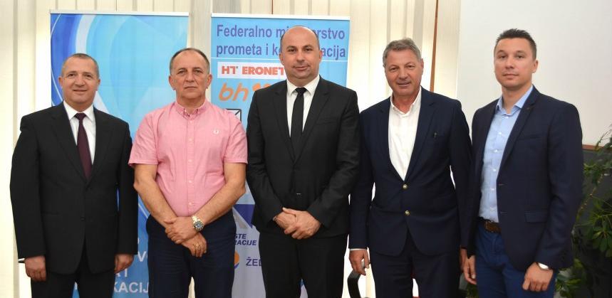 Osigurano po 2.000.000 KM za dogradnju aerodroma Tuzla i Mostar