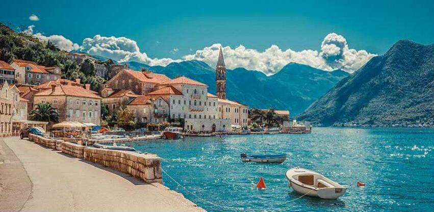 Crnoj Gori potrebno 20.000 sezonaca