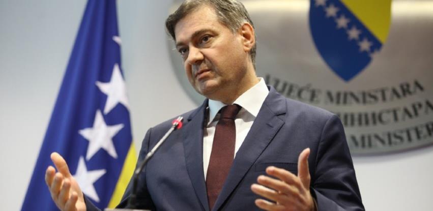 Denis Zvizdić napustio SDA