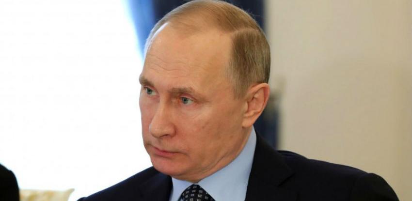 Putin: Rusija ne pokušava podijeliti EU