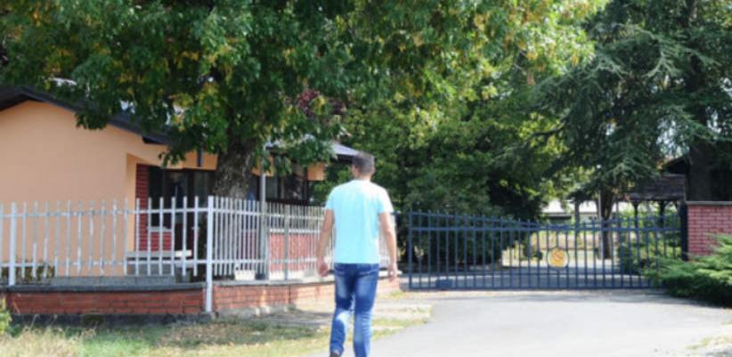 10. oktobra ističe rok do kojeg vrijedi građevinska dozvola te da Savjet ministara BiH pod hitno treba da izmijeni svoju raniju odluku o gradnji sjedišta IDDEEA, koja je donesena još 2010.