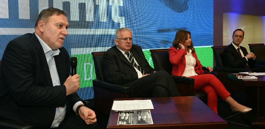 """Udruženje poslodavaca FBiH održalo panel """"Pokrenimo privredu zajedno"""""""