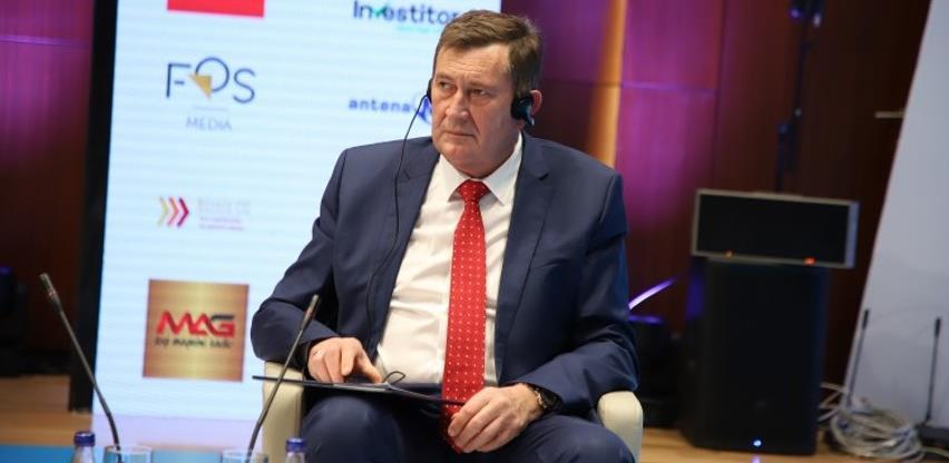 Mitrović: Težiti što boljoj digitalnoj povezanosti regiona