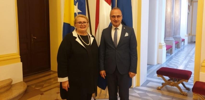 Turković i Radman dogovorili izlazak komisija za granice na područje Plješevice