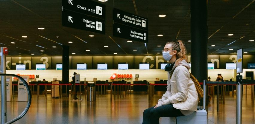 Engleska ukida karantenu za putnike iz EU-a i SAD-a