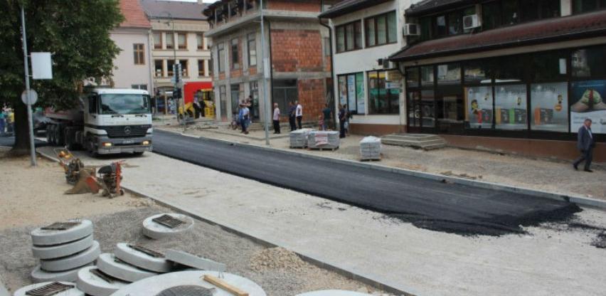 Projekt modernizacije cesta: Počeli radovi na asfaltiranju ulica u Goraždu