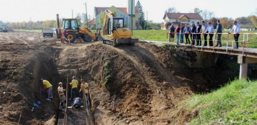 U četiri godine u rekonstrukciju riječnih nasipa u ŽP-u uloženo 16,5 milijuna KM