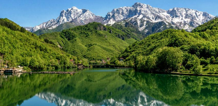 Predstavljamo projekt razvoja turizma na tri jezera