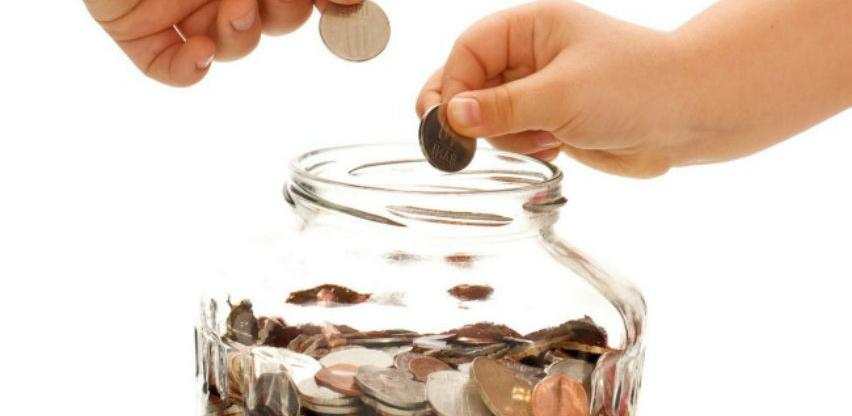 Građani za godinu uštedjeli još 138 miliona