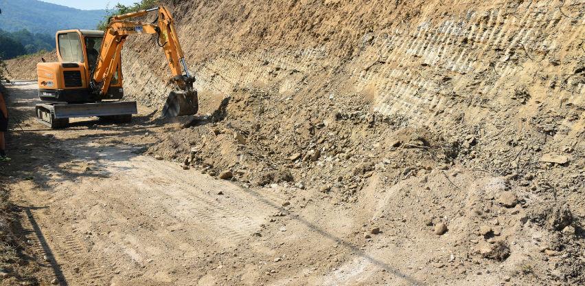 U toku radovi na rekonstrukciji puta Han-Hadžići, MZ Radovlje