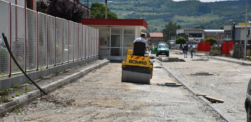 Asfaltiranje saobraćajnice kroz PZ Ozrakovići počinje naredne sedmice
