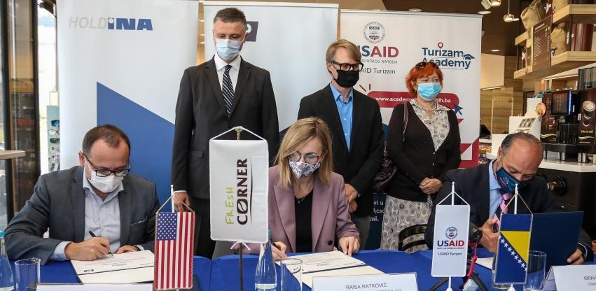 Potpisana saradnja između HOLDINE, Energopetrola i USAID Turizam projekta u BiH