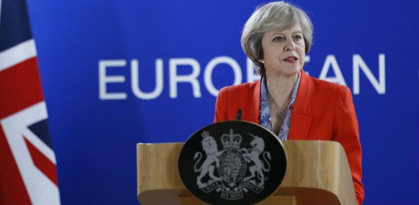 May: Britanija priprema nove prijedloge u pregovorima o Brexitu