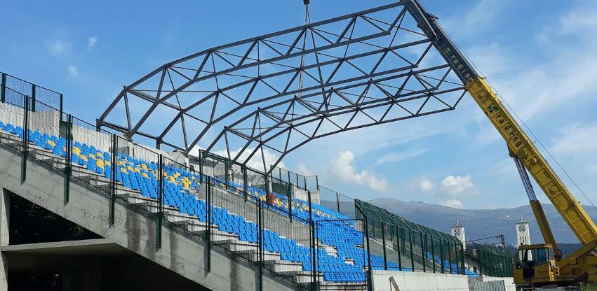 Počelo natkrivanje dijela tribina gradskog stadiona u Novom Travniku