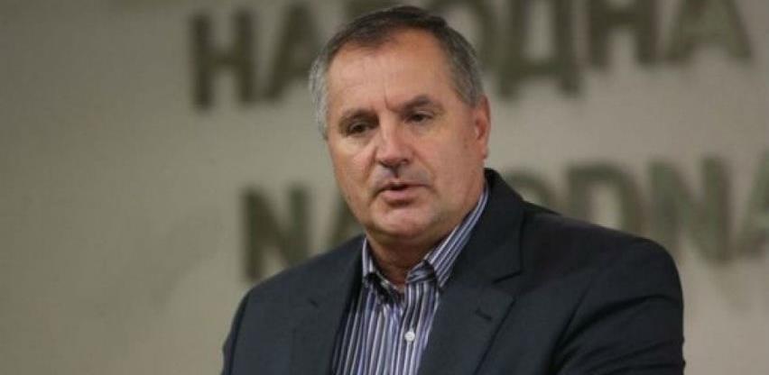 Višković: Uvesti nižu stopu PDV-a, a više oporezovati luksuz