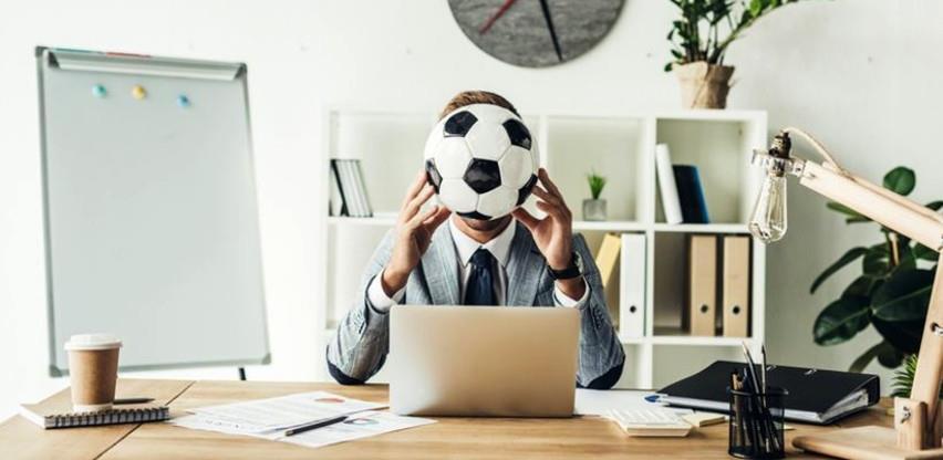 Ako se kandidat za posao bavi(o) sportom, zaokružite njegovo ime