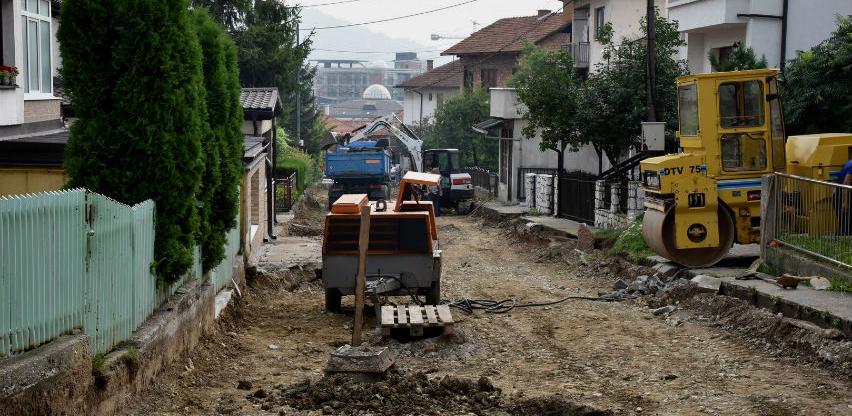 Intenzivirani radovi u ulici Carica u Visokom