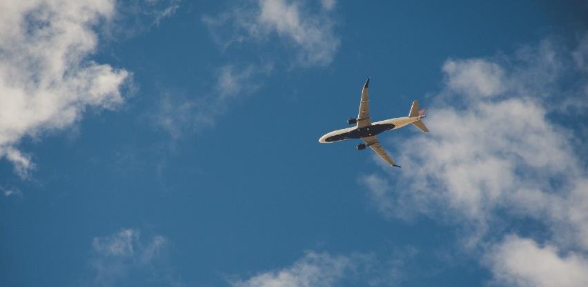 Tinejdžerka leti sama, želi postaviti zrakoplovni rekord