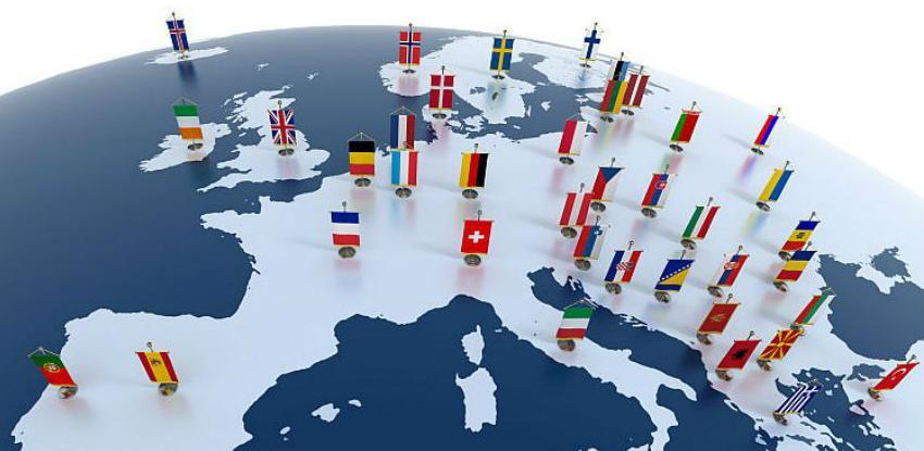 Tri zemlje EU spuštaju rampu na proširenje