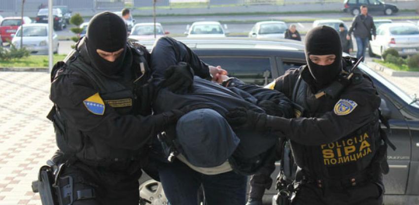 """Hapšenja i pretresi: Akcijom """"Zlatni karat"""" zaplijenjene veće količine nakita"""