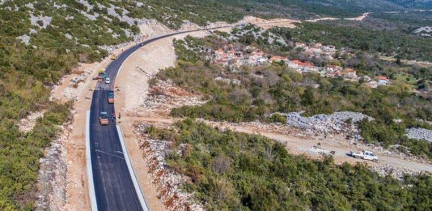JP Autoceste FBiH objavilo video snimak ceste Stolac- Neum