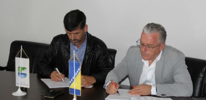 U Bosanskoj Krupi potpisan ugovor za izgradnju dijela sekundarne vodovodne mreže
