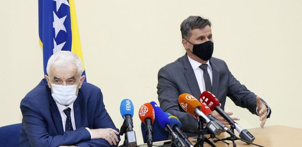 Novalić najavio kupovinu ruskih vakcina po cijeni od 17 eura