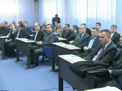 TK: Usvojen Zakona o plaćama i naknadama izabranih dužnosnika