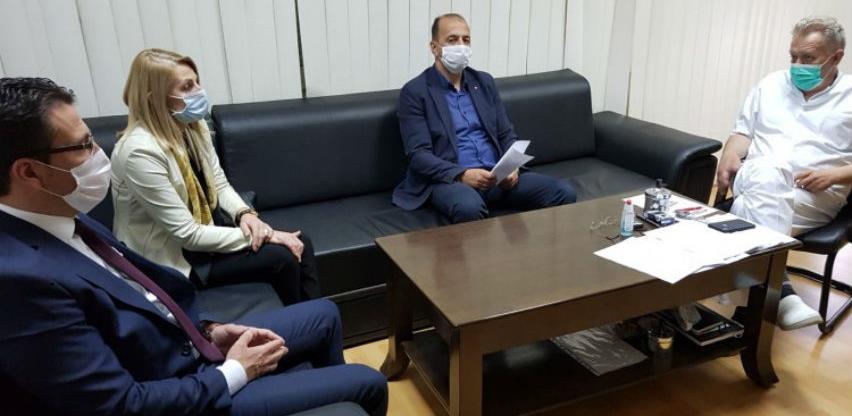 Uprava CZKS donirala Općoj bolnici zaštitnu medicinsku opremu