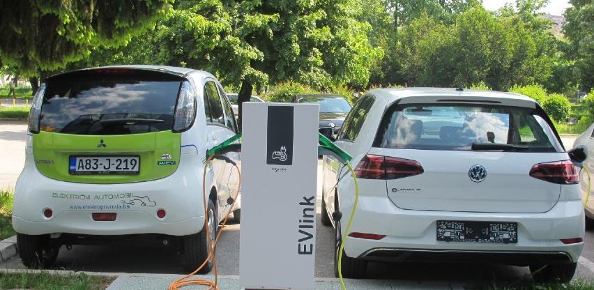 Vlasnici električnih vozila u BiH u trajno vlasništvo dobivaju RFID karticu za punjenje