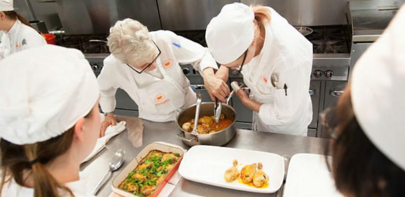 Za godinu dana planiraju obuku 1000 novih kuhara i konobara