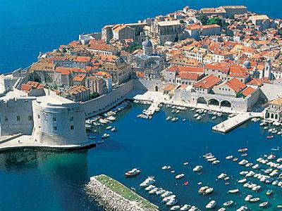 Dubrovnik: Novčane kazne za hodanje povijesnom jezgrom u kupaćem kostimu