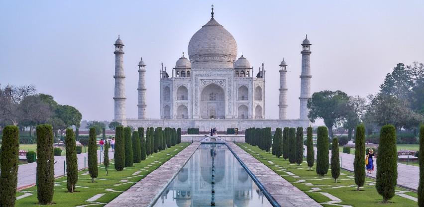Čuveni indijski Taj Mahal ponovno otvoren za turiste