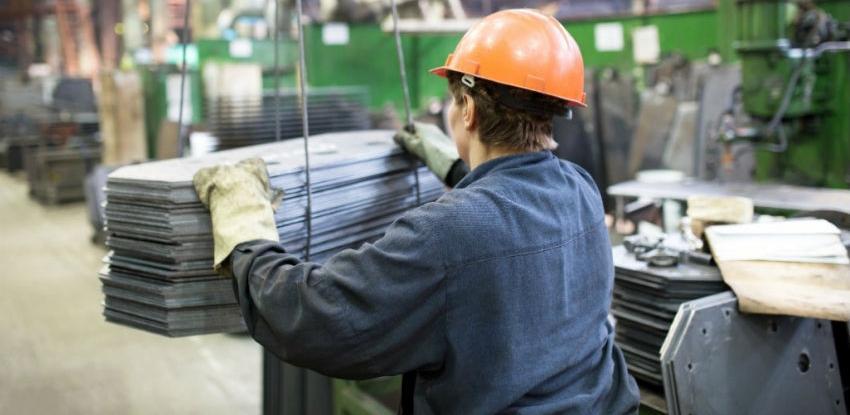 Industrijska proizvodnja u aprilu viša za 2,1 posto u odnosu na april lani