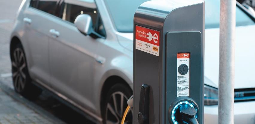 Prijelaz na električna vozila ugasit će u Njemačkoj 200.000 radnih mjesta
