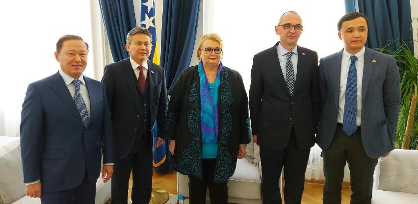 Kazahstan želi investirati u BiH, u planu otvorenje fabrike u Jajcu