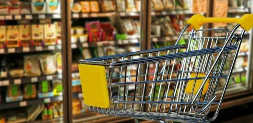 Potrošačka korpa više nego duplo skuplja od prosječne plaće u RS